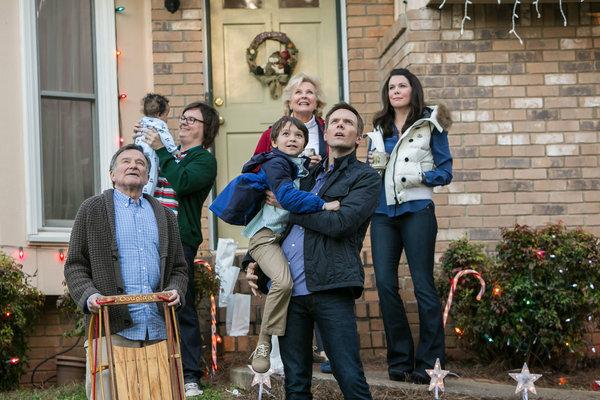 A Merry Friggin' Christmas (2014) – Robin Williams, Joel McHale ...
