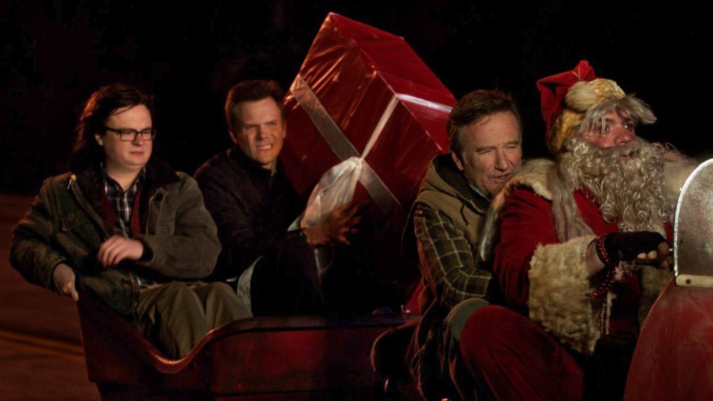 A Merry Friggin' Christmas (2014) – Robin Williams, Joel McHale ...