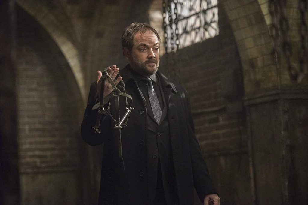"Supernatural --""Somewhere Between Heaven and Hell""-- SN1215a_0020.jpg -- Pictured: Mark Sheppard as Crowley -- Photo: Dean Buscher/The CW -- © 2017 The CW Network, LLC. All Rights Reserved"
