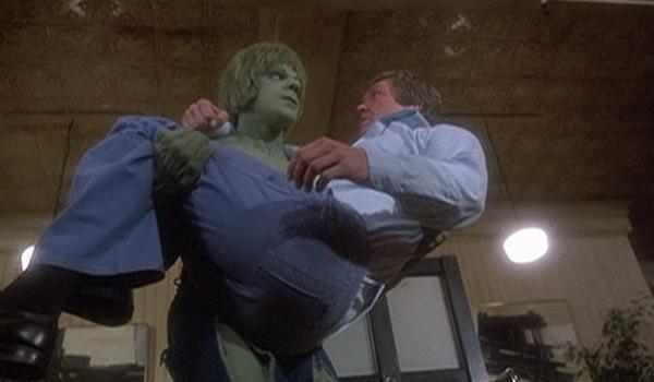 Hulk_carry